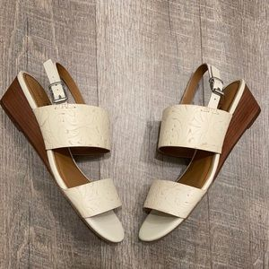 Patricia Nash Ivory tooled leather wedge sandals